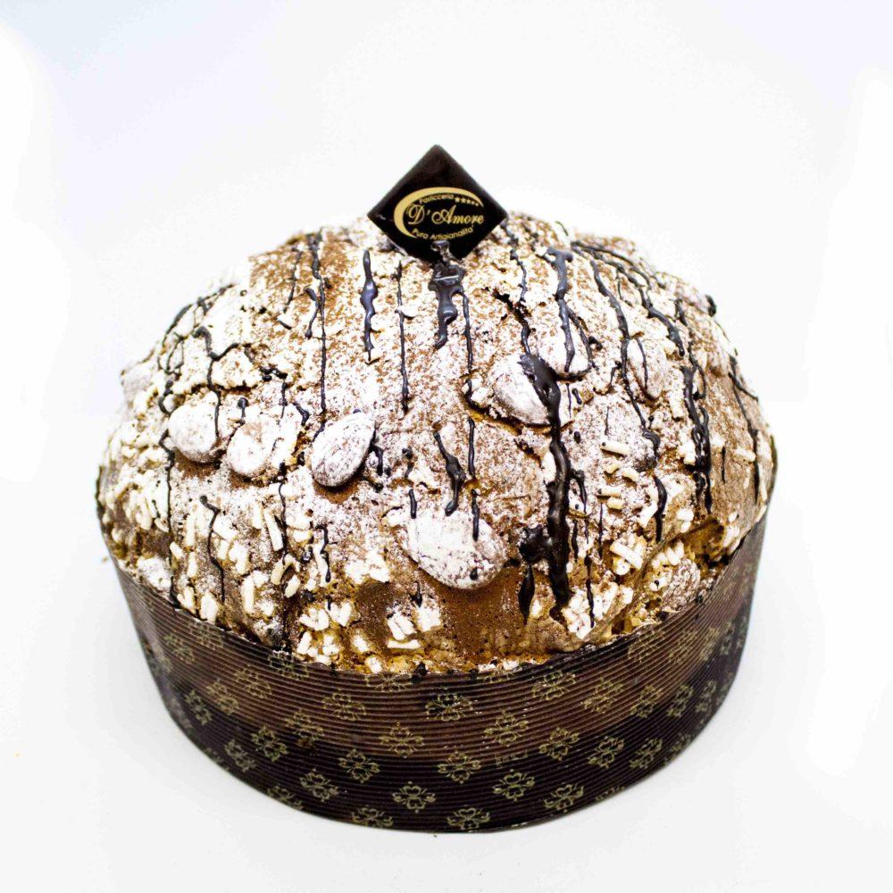 Panettone Mandorlato con gocce di cioccolato